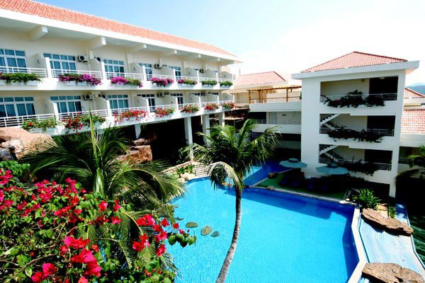 Royal Garden Resort 4*