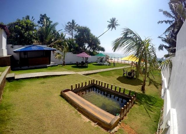Ramon Beach Resort 2*