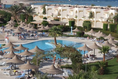 Club Azur Resort 4*