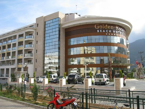 Golden Rock Beach Hotel 5*