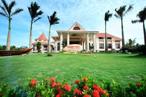 Golden Coast Resort & Spa 4 *