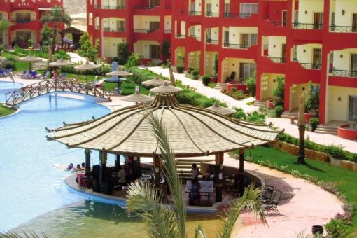 Aqua Hotel Resort & Spa 4*