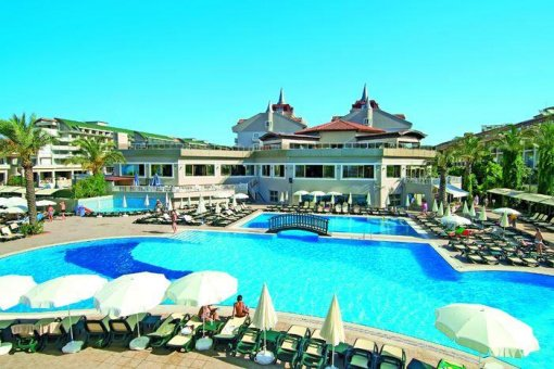 Aydinbey Famous Resort 5*