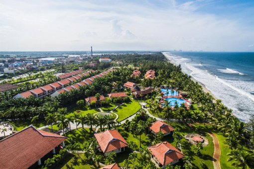 Tropical Beach Hoian Resort 4 *